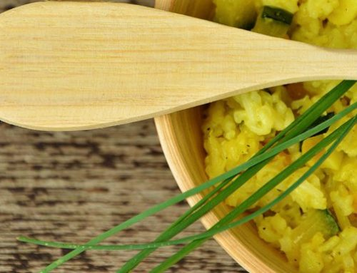 Arroz con limón y hierbas aromáticas digestivas